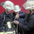 Tragbare Leitern - Ausbildung am Gerätehaus in Diemitz